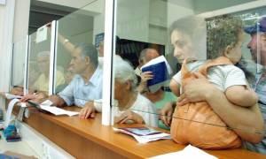 Στο βωμό συνταξιούχοι και εργαζόμενοι: Το Ασφαλιστικό πήρε το δρόμο του...