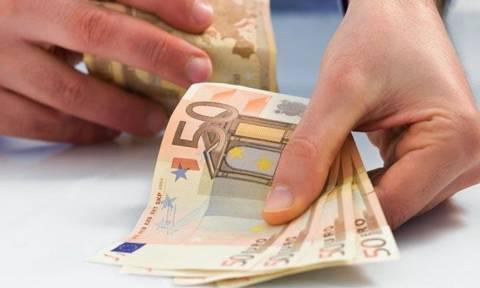Υπ. Εργασίας: Διαψεύδει ότι θα επιβληθεί εισφορά 100 ευρώ στους ελεύθερους επαγγελματίες