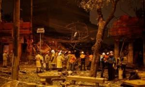Βραζιλία: Επτά τραυματίες και ισοπεδωμένα κτίρια από έκρηξη σε περιοχή του Ρίο (video)