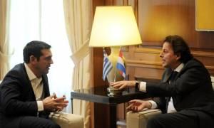 Χρέος και νέο Μνημόνιο στη συνάντηση Τσίπρα με τον Ολλανδό ΥΠΕΞ