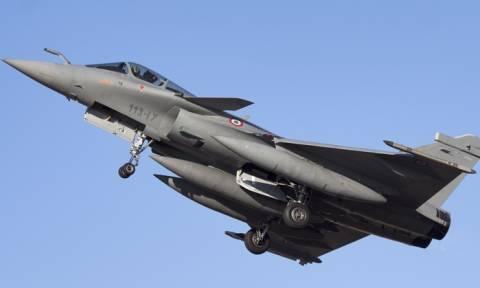 Η Γαλλία διαψεύδει τα περί «επικίνδυνου περιστατικού» με ρωσικό αεροσκάφος