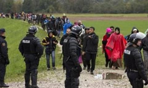 Κροατία: Άνοιξαν τα σύνορα για χιλιάδες πρόσφυγες