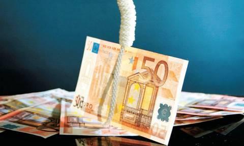 Έτοιμη να σκάσει η «βόμβα» του ιδιωτικού χρέους!