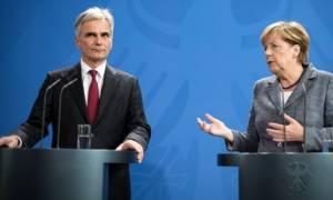 Με πρωτοβουλία των Μέρκελ-Φάιμαν η έκτακτη Σύνοδος Κορυφής για το προσφυγικό