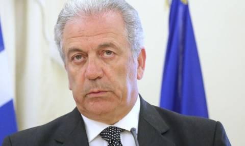 Αβραμόπουλος: Συνάντηση με δημάρχους της Ελλάδας στις Βρυξέλλες