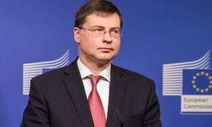 Αισιόδοξος ο Ντομπρόβσκις: Η Ελλάδα θα εξασφαλίσει τη δόση των 2 δισ. ευρώ