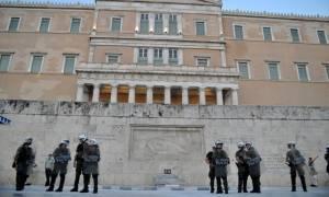 «Φρούριο» η Αθήνα... λόγω Ολάντ