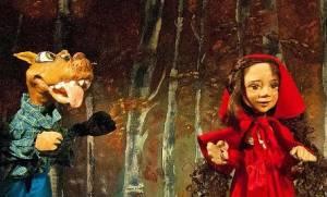 Η Κοκκινοσκουφίτσα στο Κουκλοθέατρο της Χριστίνας Μπήτιου