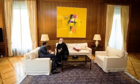 Συνάντηση Τσίπρα και πατριάρχη Αλεξανδρείας και πάσης Αφρικής Θεόδωρο Β΄ στο Μαξίμου