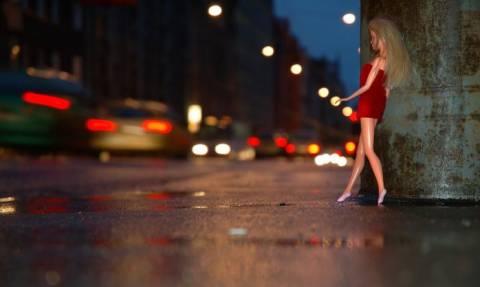 Στοιχεία σοκ για την ελληνική βιομηχανία του σεξ
