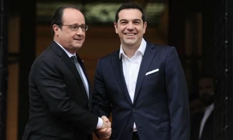 Δείτε LIVE την ομιλία του Φρανσουά Ολάντ στο ελληνικό Κοινοβούλιο
