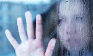 Έλληνες της Γερμανίας: Κατάθλιψη, εκμετάλλευση και λάντζα!