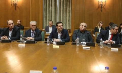 Κυβέρνηση ΣΥΡΙΖΑ - ΑΝ.ΕΛ.: Τα «golden boys» των υπουργείων ζουν και βασιλεύουν…