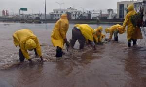 Μεξικό: Παραμένουν στα καταφύγια οι πολίτες - Χτύπησε ο τυφώνας Πατρίσια (video)