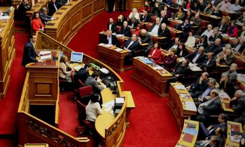 Βουλή: Δείτε Live τη συζήτηση για το νομοσχέδιο των ΜΜΕ