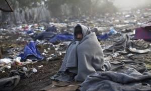 Γιούνκερ και Μέρκελ ζητούν τη δημιουργία υπερ-κέντρου προσφύγων στην Αθήνα