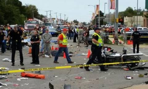 Μεθυσμένη οδηγός έριξε το ΙΧ σε θεατές παρέλασης - 3 νεκροί & 27 τραυματίες (pics&vid)