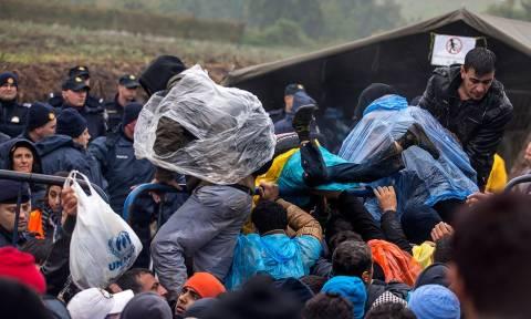 Σήμερα η έκτακτη σύνοδος για το προσφυγικό - Πιέσεις στην Ελλάδα