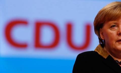 Γερμανία: Πέφτει κατακόρυφα η δημοτικότητα της Μέρκελ
