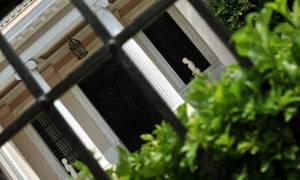 60 βουλευτές έχουν ελλιπείς δηλώσεις και στο Μαξίμου... σφυρίζουν αδιάφορα