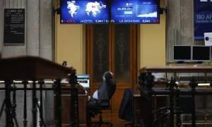 Σε χαμηλό ισπανικά - ιταλικά ομόλογα, οι επενδυτές περιμένουν νέα μέτρα στήριξης από την ΕΚΤ