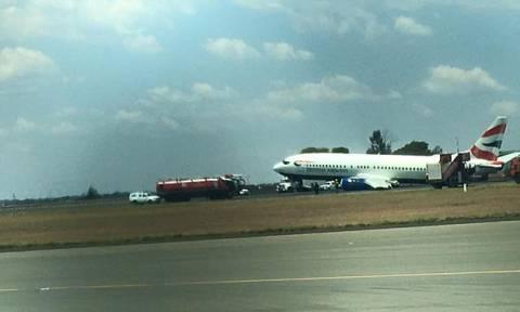 Προσγείωση θρίλερ: Είδαν σπίθες στο αριστερό φτερό του αεροπλάνου! (pics)