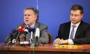 Ανοιχτό το ενδεχόμενο κουρέματος καταθέσεων άφησε ο Ντομπρόβσκις