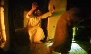 Ανατριχιαστικές μαρτυρίες για φρικιαστικά βασανιστήρια του ΙΚ στους ομήρους του (videos)