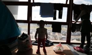 Κομισιόν: Η Ελλάδα δεν μπορεί να γυρίσει την πλάτη στους πρόσφυγες