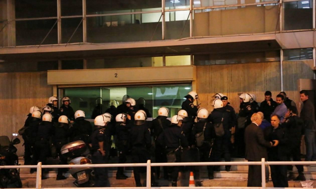 Δεκαεννέα συλλήψεις για την κατάληψη στα γραφεία των ΑΝΕΛ
