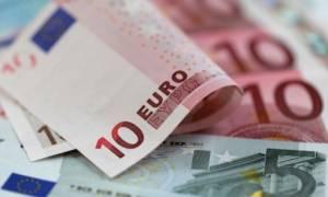 Πότε θα δοθούν οικογενειακά επιδόματα και χρήματα για κάρτα σίτισης