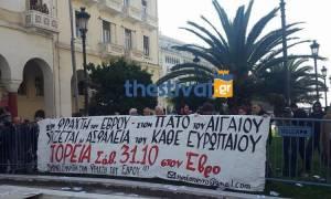 Με απρόοπτα η μαθητική παρέλαση στη Θεσσαλονίκη (photos+video)