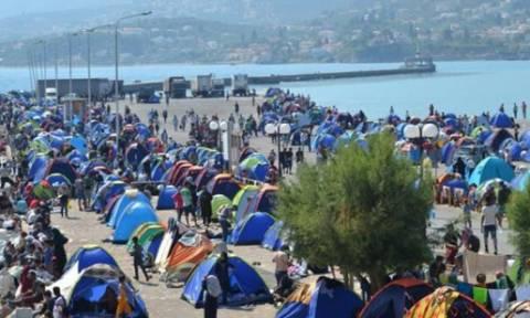 Περισσότεροι από 300.000 μετανάστες πέρασαν από τη Λέσβο το 2015
