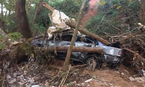 Συγκλονίζουν οι εικόνες από το σημείο που βρέθηκε το αυτοκίνητο του 50χρονου