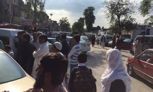 Φονικός σεισμός στο Πακιστάν: Ξεπέρασαν τους 350 οι νεκροί