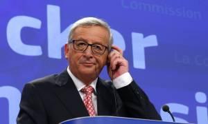 Ευελιξία στο σύμφωνο σταθερότητας λόγω προσφυγικού υποσχέθηκε ο Γιούνκερ