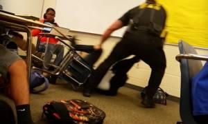 ΗΠΑ: Έρευνα για το περιστατικό κατάχρησης εξουσίας από αστυνομικό σε βάρος μαθήτριας