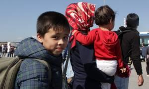 Πάνω από 3.000 πρόσφυγες έφτασαν σήμερα στον Πειραιά