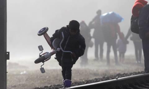 Αυστρία: Η Βιέννη υψώνει φράχτη για να ελέγξει την εισροή προσφύγων