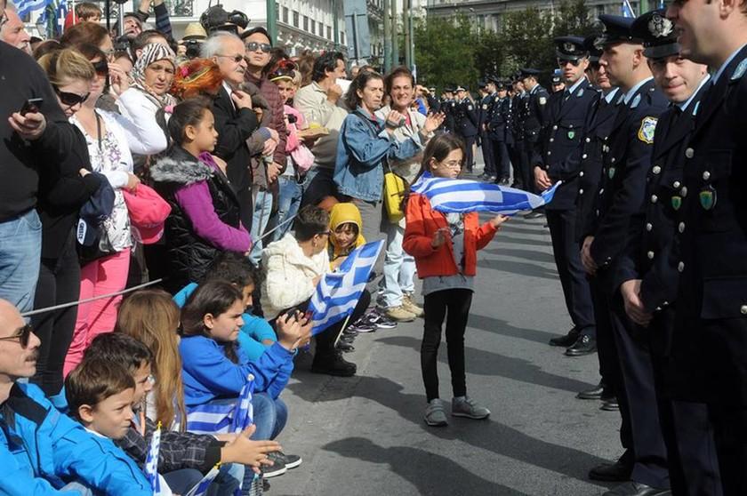 28η Οκτωβρίου: Η μαθητική παρέλαση μέσα από εικόνες