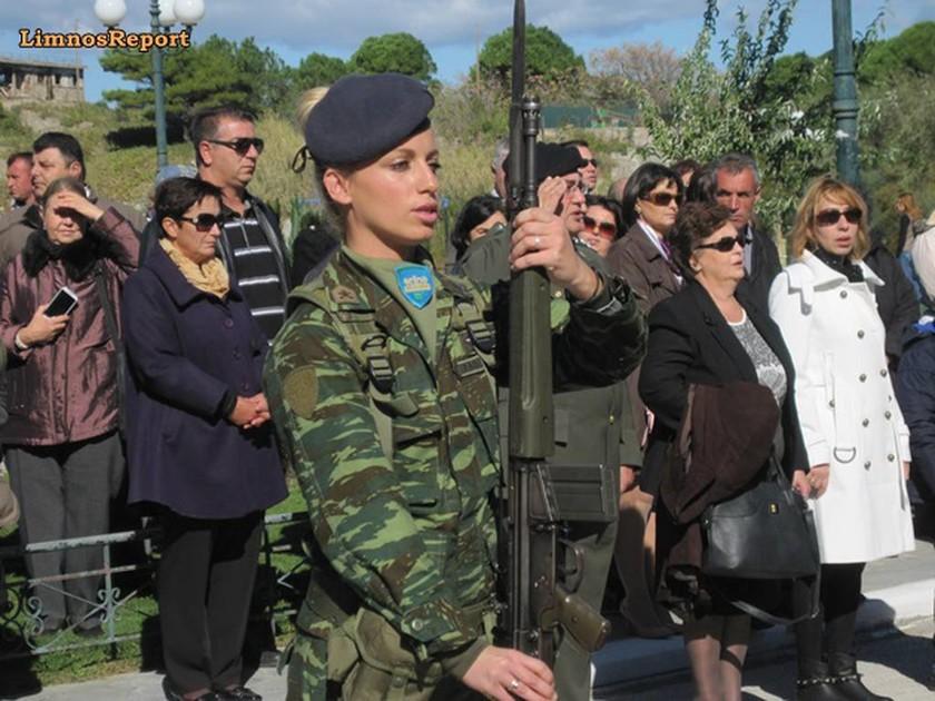Η στρατιωτικός στην παρέλαση στη Λήμνο που έκοψε την «ανάσα» όλων!