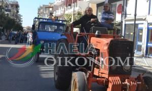 Πύργος: Με τρακτέρ η παρέλαση της 28ης Οκτωβρίου (photos)