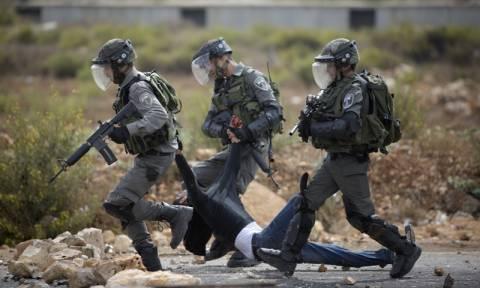 Παλαιστίνιος μαχαίρωσε Ισραηλινό στρατιώτη πριν σκοτωθεί από πυρά του στρατού