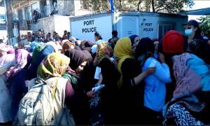 Λέσβος: Ξεπέρασαν τους 5.000 οι πρόσφυγες το τελευταίο 24ωρο παρά τις καιρικές συνθήκες