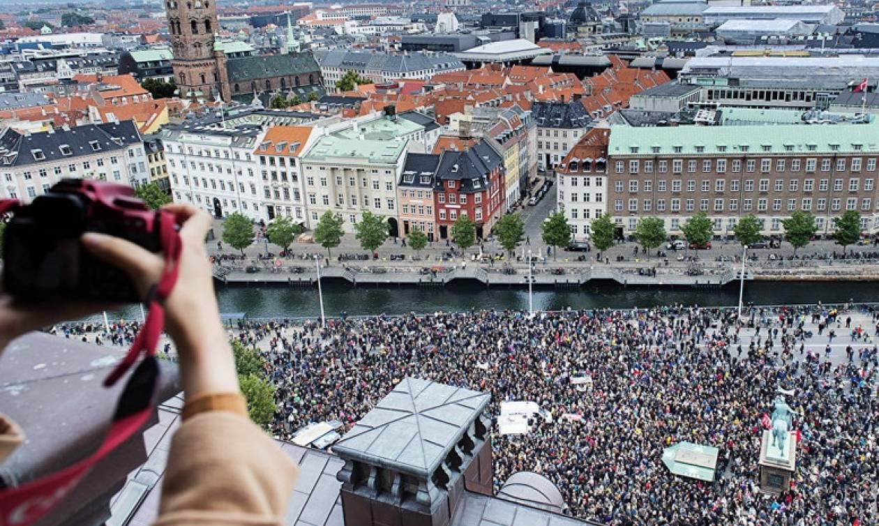 Δανία: Στους δρόμους χιλιάδες διαδηλωτές κατά των περικοπών στην εκπαίδευση