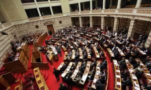 Βουλή: Εγκρίθηκε το νομοσχέδιο για την ανακεφαλαιοποίηση των τραπεζών