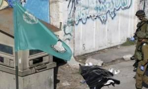 Νεκρός από πυρά στρατιωτών Παλαιστίνιος που αποπειράθηκε να επιτεθεί με μαχαίρι