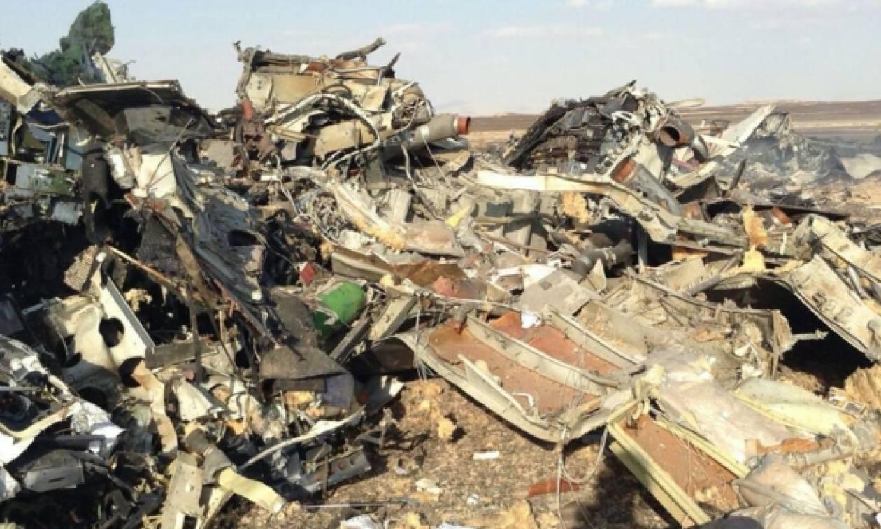 Συντριβή αεροσκάφους: Φωτογραφίες και βίντεο - σοκ από τον τόπο της τραγωδίας