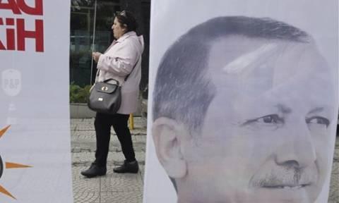 Στελέχη της Λαϊκής Ενότητας στην τουρκική ασφάλεια της Κωνσταντινούπολης