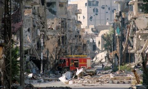 Συρία: Αντάρτες κλειδώνουν αιχμάλωτους σε κλουβιά και τους χρησιμοποιούν ως ανθρώπινες ασπίδες